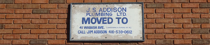 addison-move-sign